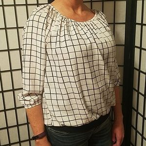 Daisy Fuentes White and Black Check Blouse